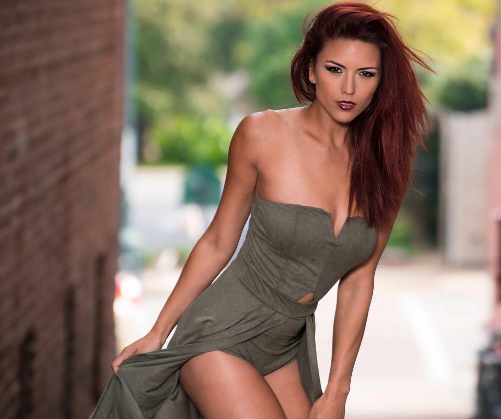 Gorgeous Redhead Escort